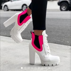 White/neon pink boots
